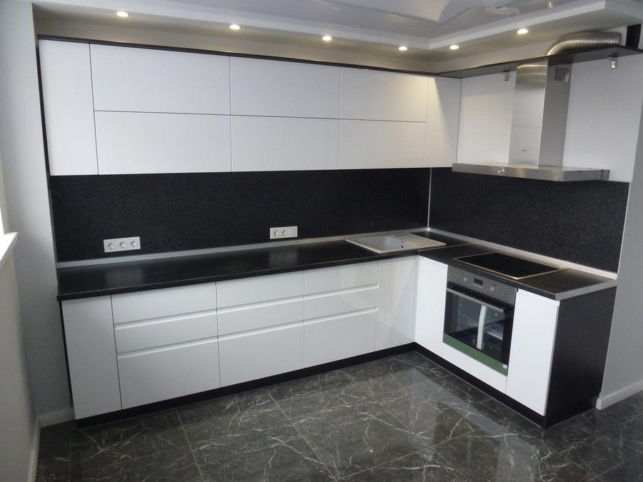 Белый кухонный гарнитур-Кухня МДФ в эмали «Модель 430»-фото1