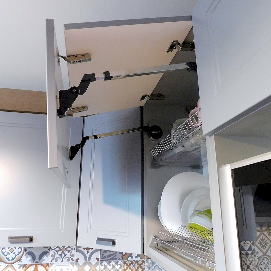 Классические кухни-Кухня МДФ в эмали «Модель 590»-фото7