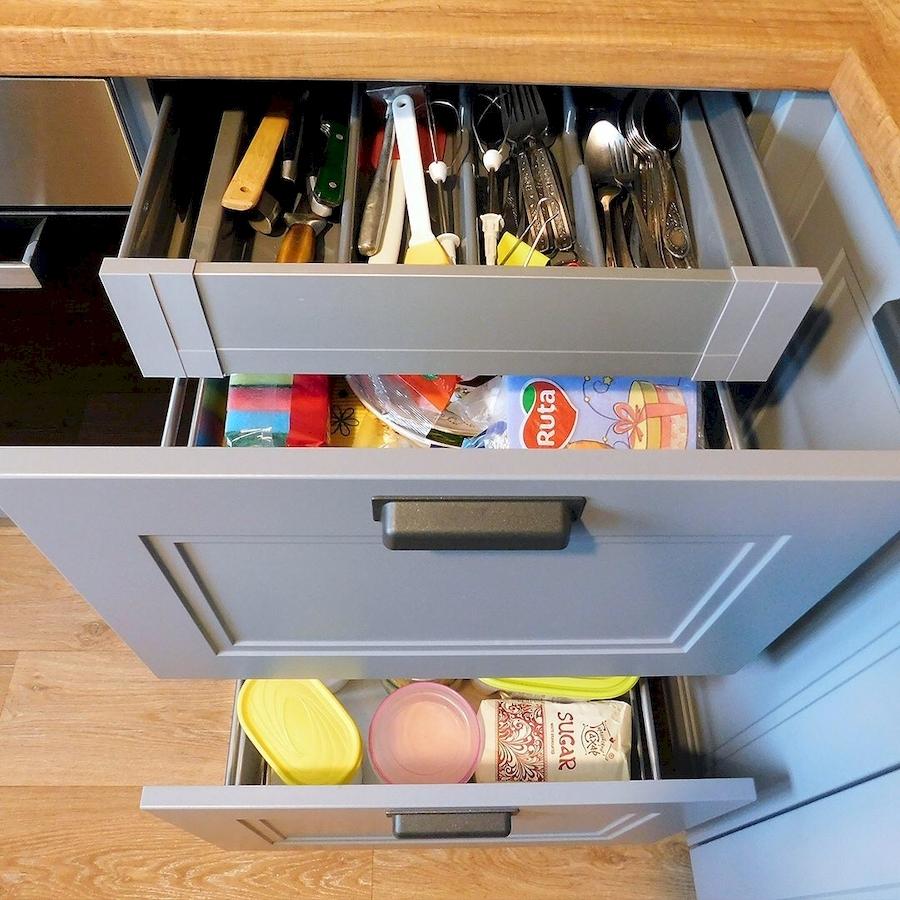 Классические кухни-Кухня МДФ в эмали «Модель 590»-фото4