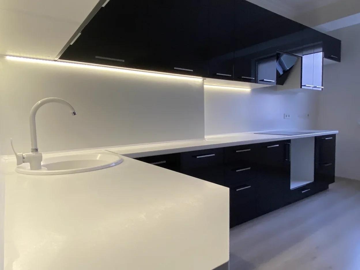 Глянцевые кухни-Кухня МДФ в ПВХ «Модель 569»-фото4